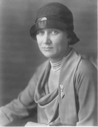 Ruth Rumsey, the beautiful daughter of one of Buffalo's wealthiest families, married Donovan in 1914. Molly Mugler Collection.